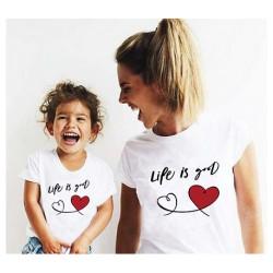 """Ensemble de deux T-shirts """"Life is good"""""""